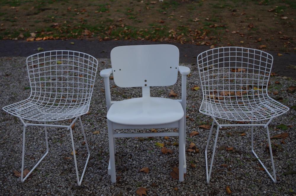 mix of vintage design chairs, harry bertoia, ilmari tapiovaara domus chair