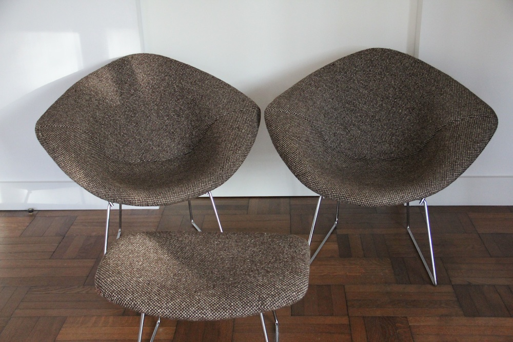 Pair of vintage Bertoia Diamond chairs