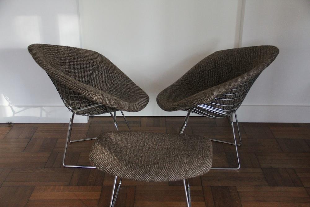 Pair of vintage Bertoia Diamond chairs