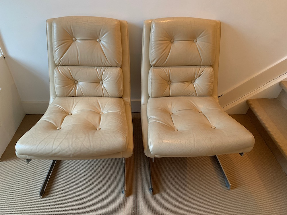 lounge chairs, vintage lounge chairs, leather chairs, raphael raffel, French design, mid modern, midmod, chic interiors, leather and chrome, pair of lounge chairs