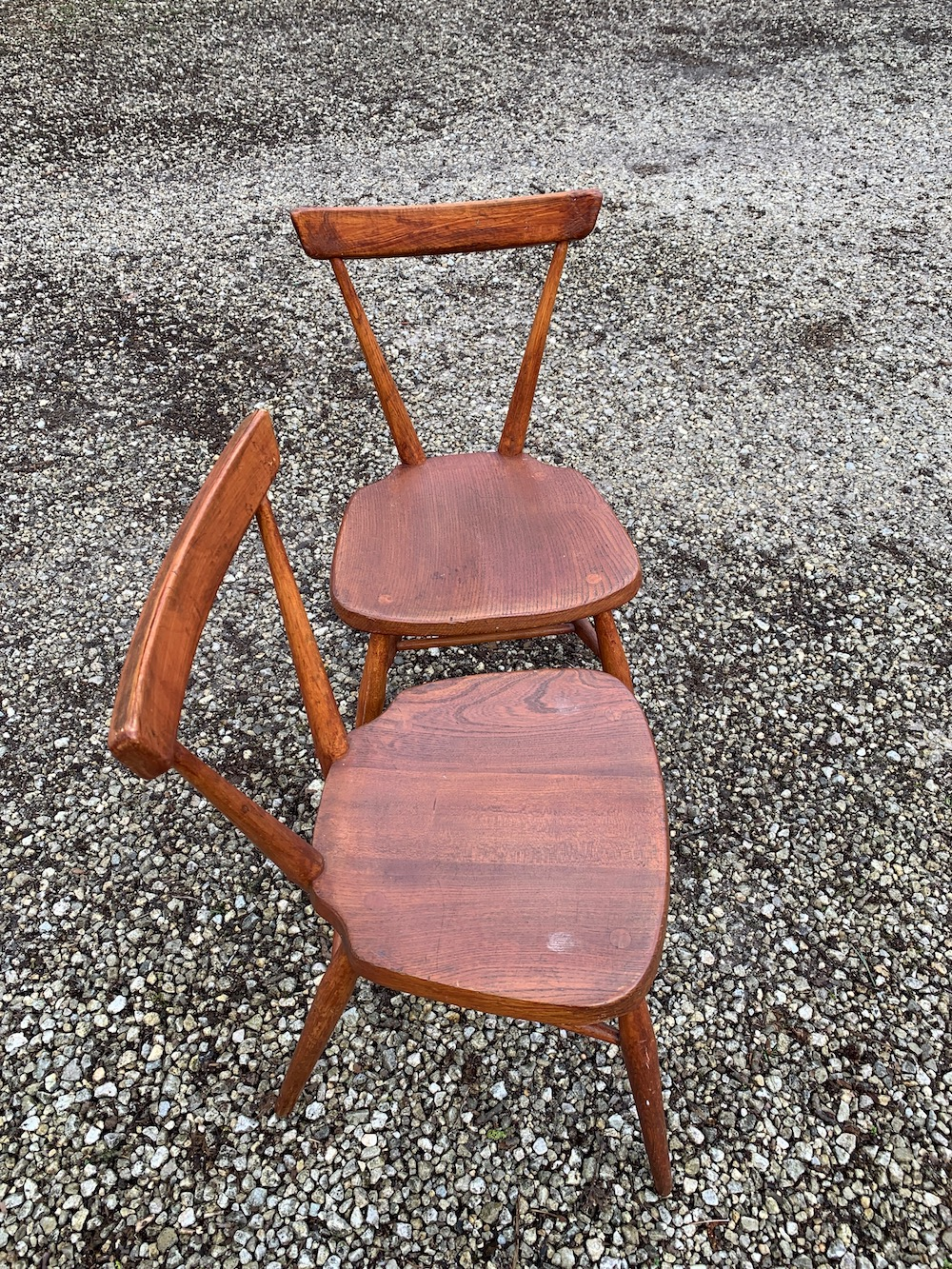 Luigi Ercolani, Windsor chairs, Ercol, stacking chairs, school chairs, English design, vintage chairs, Ercol chairs, wooden chairs, Windsor