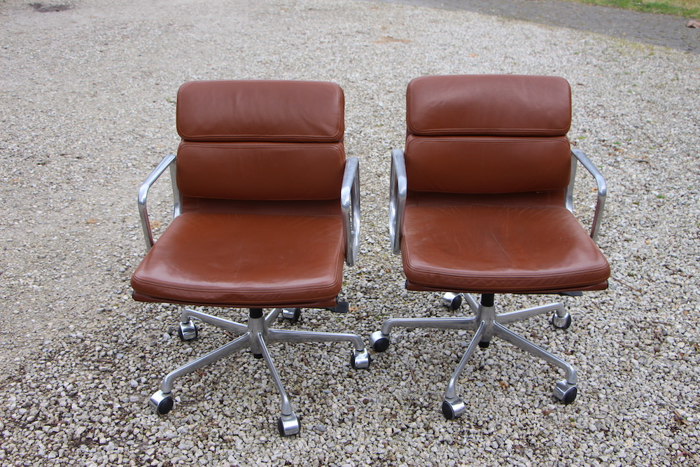 Eames desk chairs, soft pad, vintage