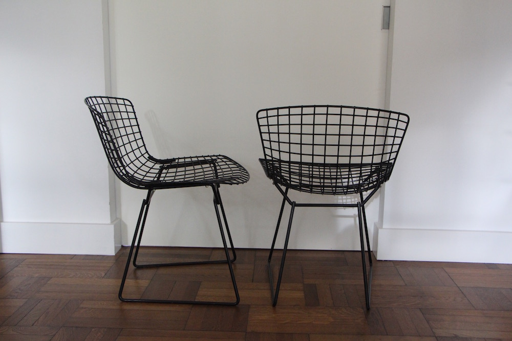 Pair of vintage Harry Bertoia chairs for Knoll