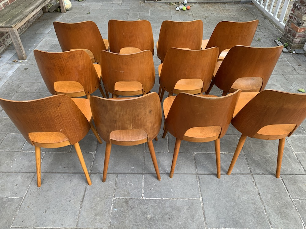 Oswald Haerdtl, dining chairs, chaises bois, vintage chairs, nice chairs, nicechairs, wooden chairs, design chairs, czech design, ton, thonet, vintage design chairs, chic chairs, stylish chairs, belles chaises, chairs with a soul