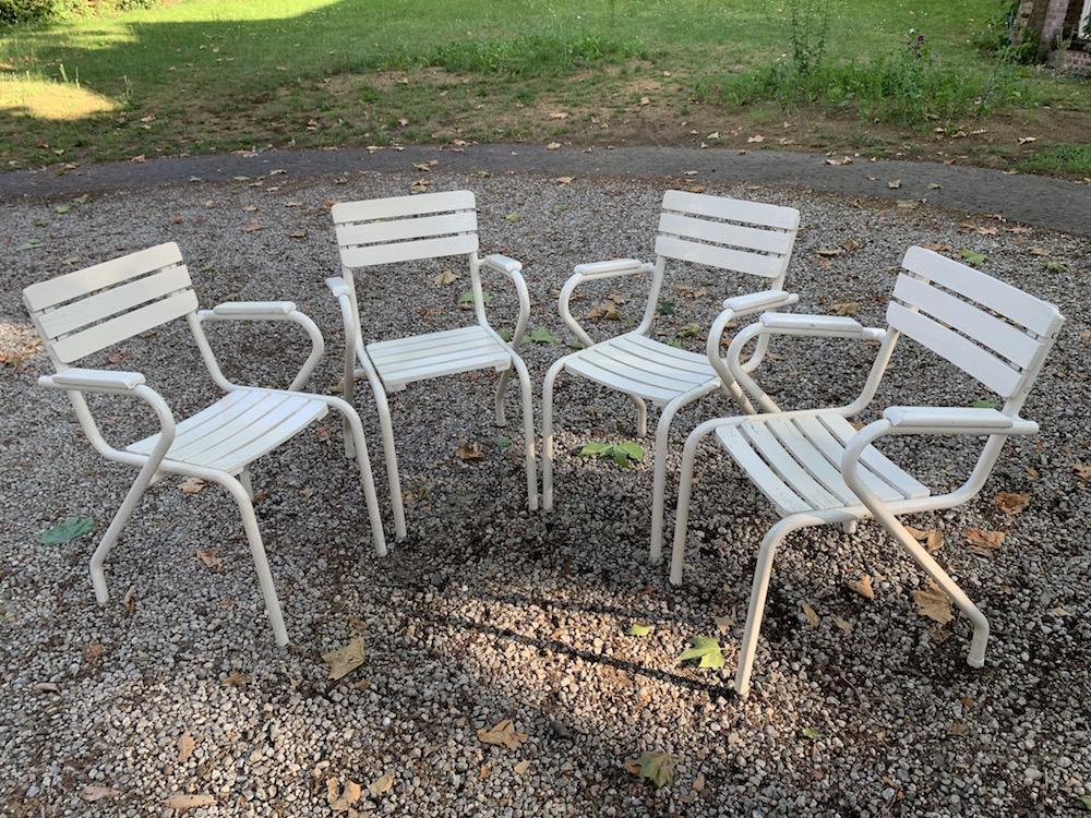 garden chairs, outdoor furniture, vintage garden chairs, vintage outdoor furniture, chaises terrasse, chaises extérieur vintage, chaises vintage, chaise extérieur bois, charming chairs, belles chaises d'extérieur, chaises de terrasse, chaises charmantes, mobilier jardin vintage