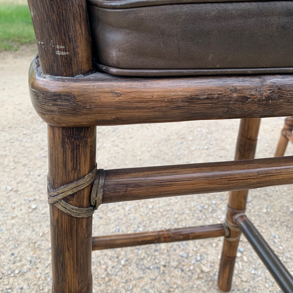 bamboo stools, high stools, bar stools, vintage barstools, vintage stools, bamboo and leather, tabourets bambou, tabourets vintage, cuir et bambou, vintage chairs, chaises vintage, tabourets cuir, leather stools, pool decoration, décoration intérieure, interior decor, interior deco, tabourets masculins, beaux tabourets, stunning stools