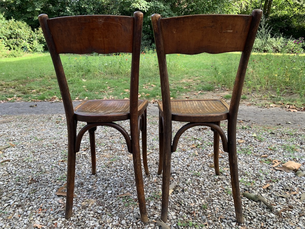 vintage chairs, chaises bistrot, chaise bistro, bistrot chairs, French chairs, wooden chairs, chaises bois, chaise bistrot paris, chaise bistrot parisien, French chair, dining chairs, vintage dining chairs, kitchen chairs, vintage kitchen chairs, vintage wooden chairs, charming chairs, chairs with charm