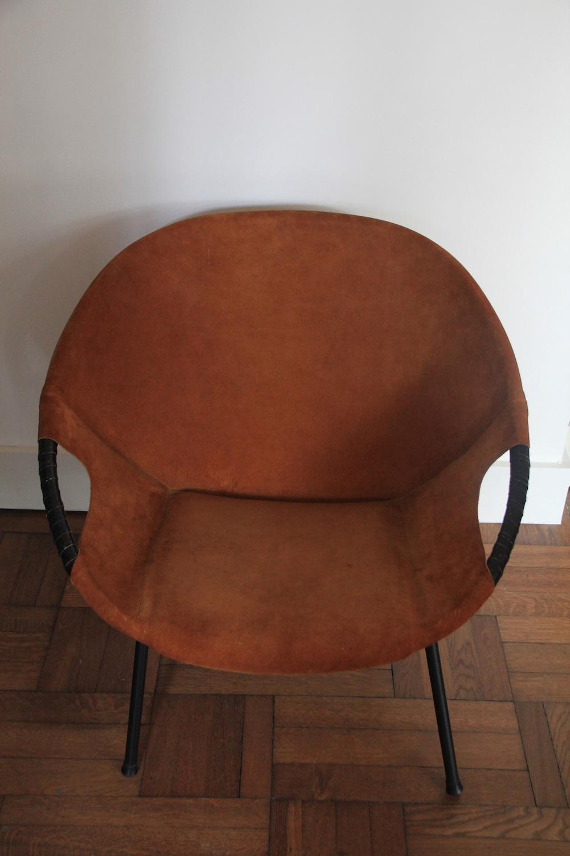 Vintage Suede Round Chair Light Brown Nicechairs