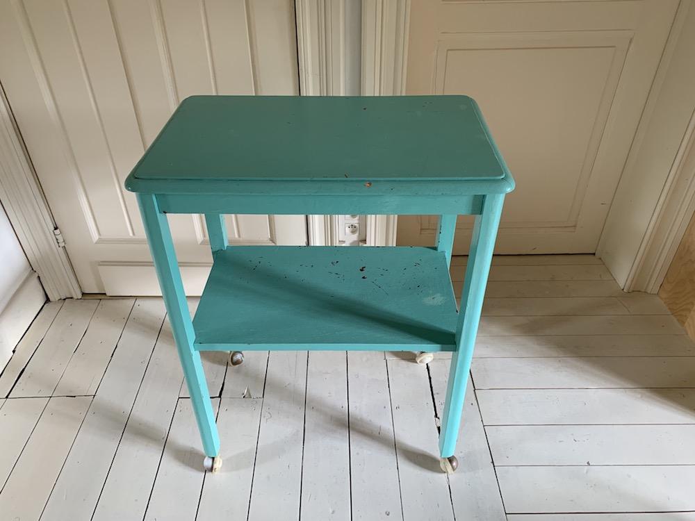 bathroom table, charming double deck table, rope chair, brocante, table pour salle de bain, table charmante