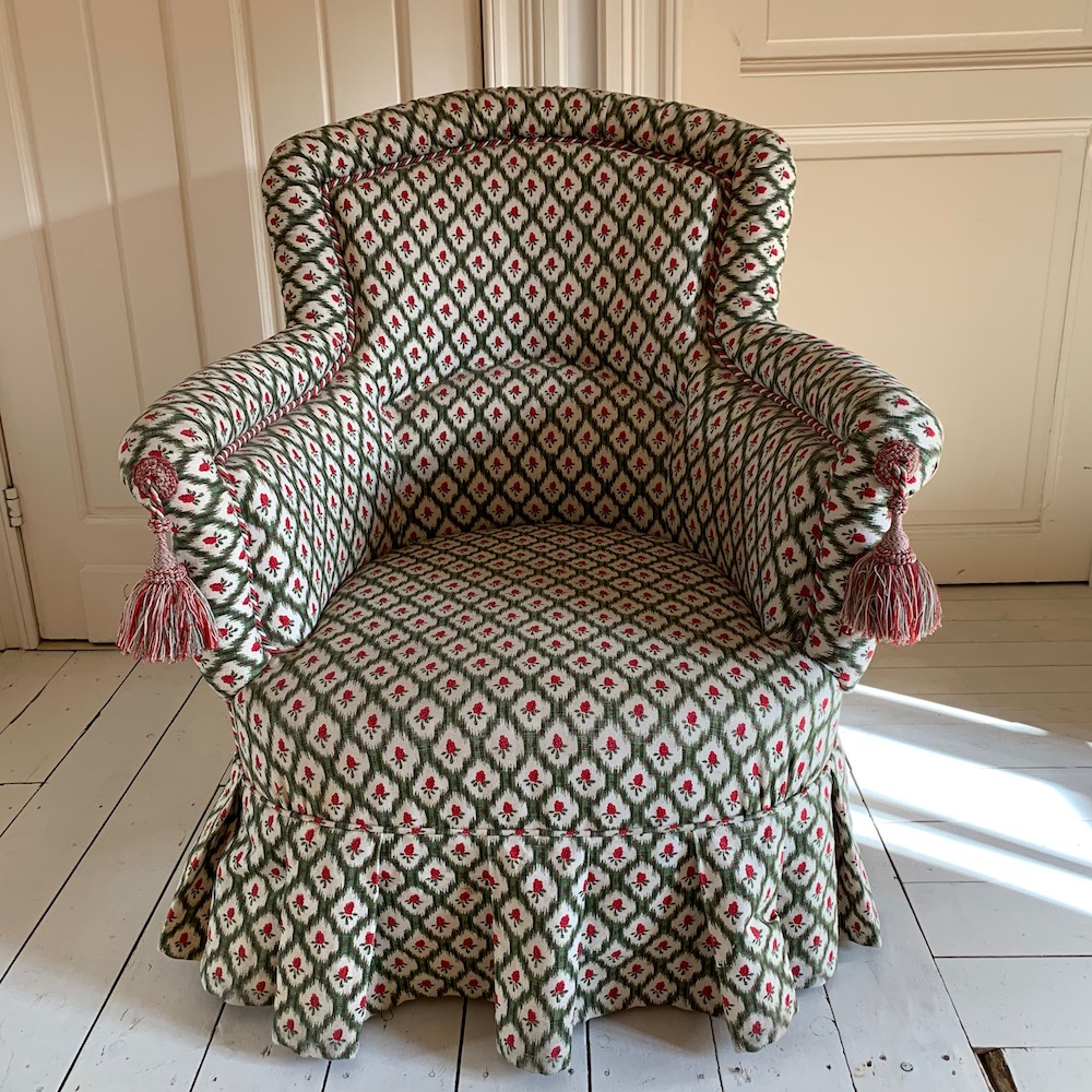 toad, toad chair, fauteuil anglais, crapaud, fauteuil charmant, English toad chair, charming fabric, brocante, décoration intérieure, charmant