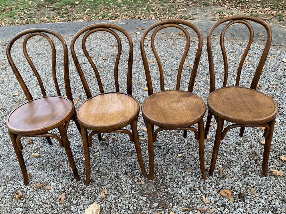 bistrot chairs, chaises bistrot, bistrot paris, chaises de bistrot, Thonet chairs, Thonet style, dining chairs, charming chairs, chaises bois, chaises vintage