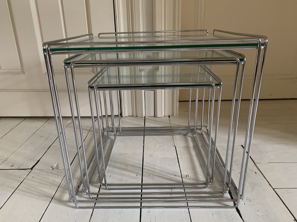 Max Sauze, nesting tables, coffee table, vintage coffee table, vintage nesting tables, tables gigogne, table vintage, petite table verre, table en verre, table vintage