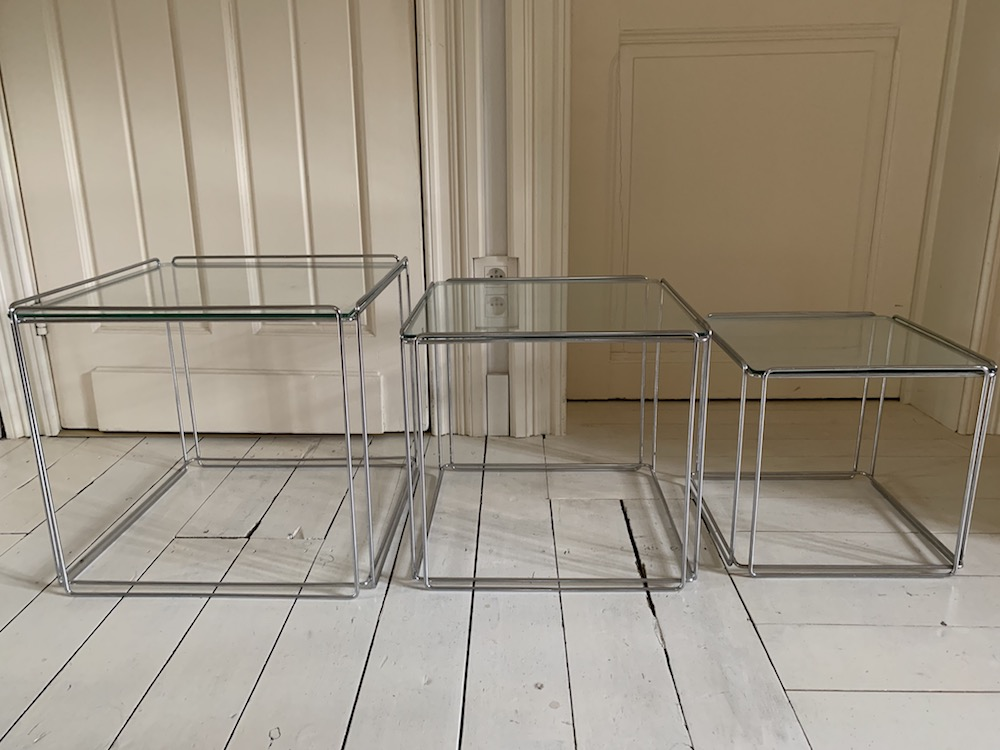 Max Sauze, nesting tables, coffee table, vintage coffee table, vintage nesting tables, tables gigogne, table vintage, petite table verre, table en verre, table vintage