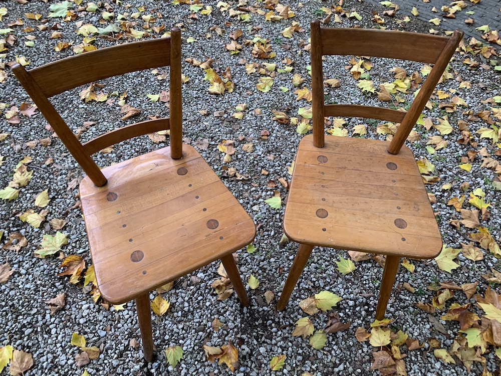 vintage chair, pine chairs, chaises vintage, mobilier vintage, home, interiors, interior decoration, dining, dining room, dining chairs, kitchen, design chairs, design furniture, interior architecture, wooden chairs, chaises bois, pair or charming chairs, charming chairs, nice chairs