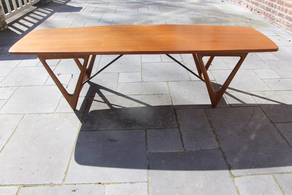 Surfboard coffee table by Kurt Ostervig, vintage