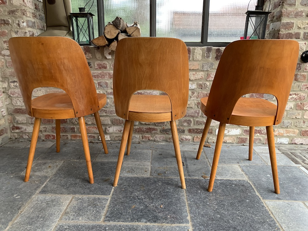 Ton production, Oswald Haerdtl, Oswald Haerdtl chairs, vintage chairs, wooden chairs, Czech design, dining chairs, set of chairs, vintage furniture, vintage chairs, chaises vintage, chaises bois, chaises design, design chairs, mid modern, modernism, modern furniture, old chairs, authentic chairs, charming chairs, dining, home decoration, dining room decoration, dining room, kitchen chairs