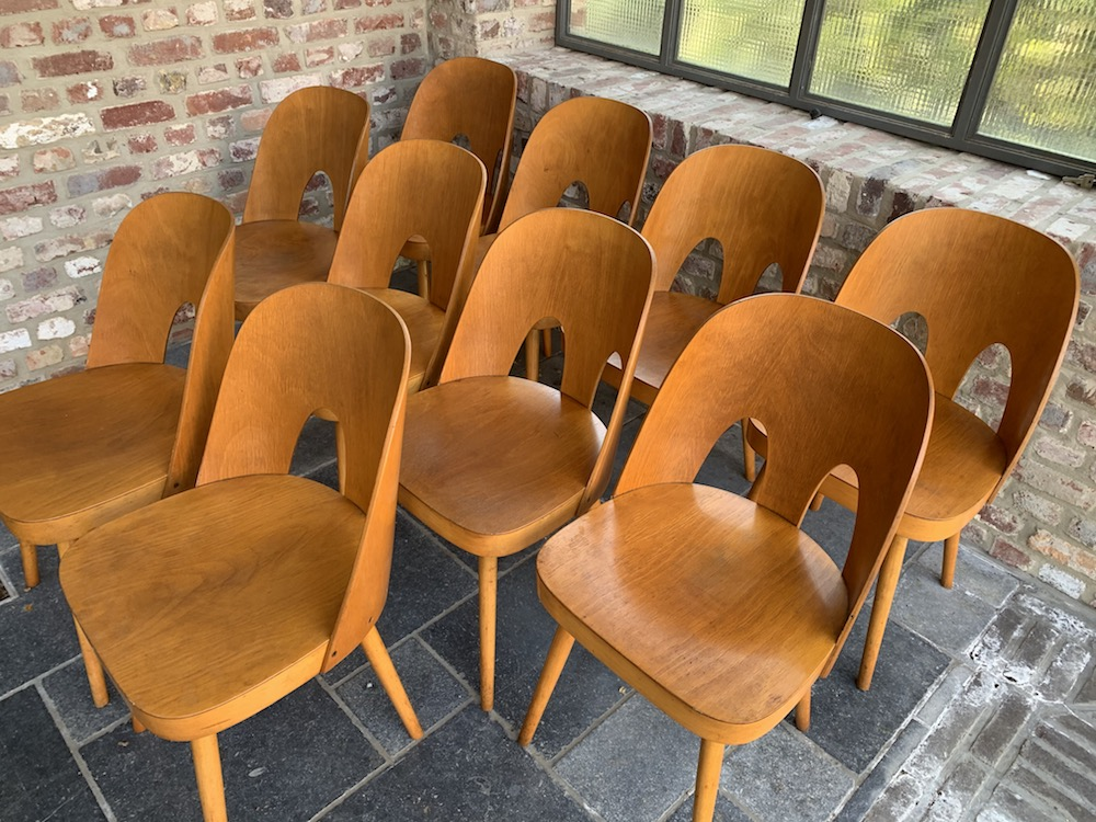 Oswald Haerdtl, beech, beech wood, double hole chairs, vintage chairs, Ton, Thonet, chaises vintage, design chairs, fifties chairs, chaises bois, dining chairs, dining room, interior decoration, kitchen chairs, design chairs, midcentury modern chairs, charming chairs, midcentury, midcentury chairs, interior decoration, vintage decoration, salle à manger, charming decoration, vintage furniture