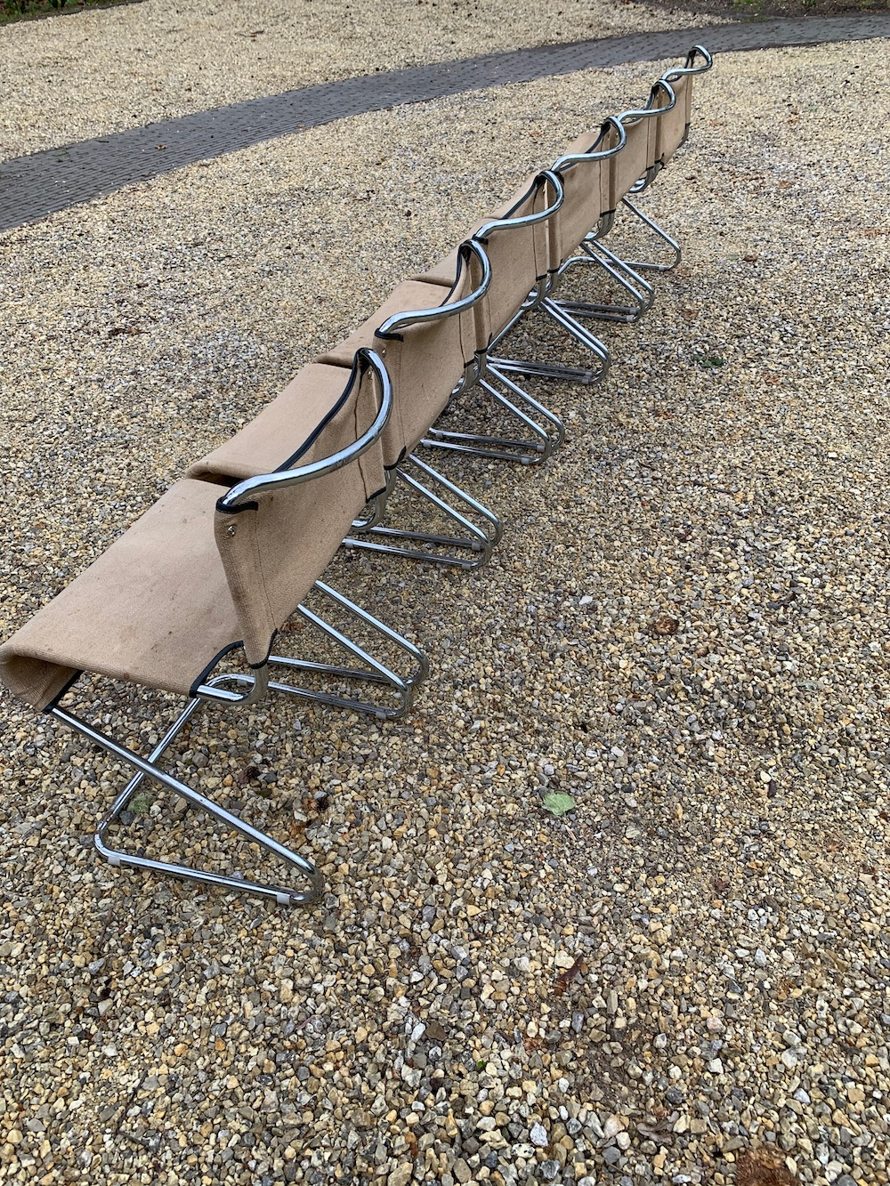 canvas chairs, Steiner, stackable chairs, dining chairs, cantilever, Pascal Mourgue, sixties, sixties chairs, modern chairs, chaises modernes, chaises vintage, chaises Pascal Mourgue, modernism, modernist, toile, chaise toile
