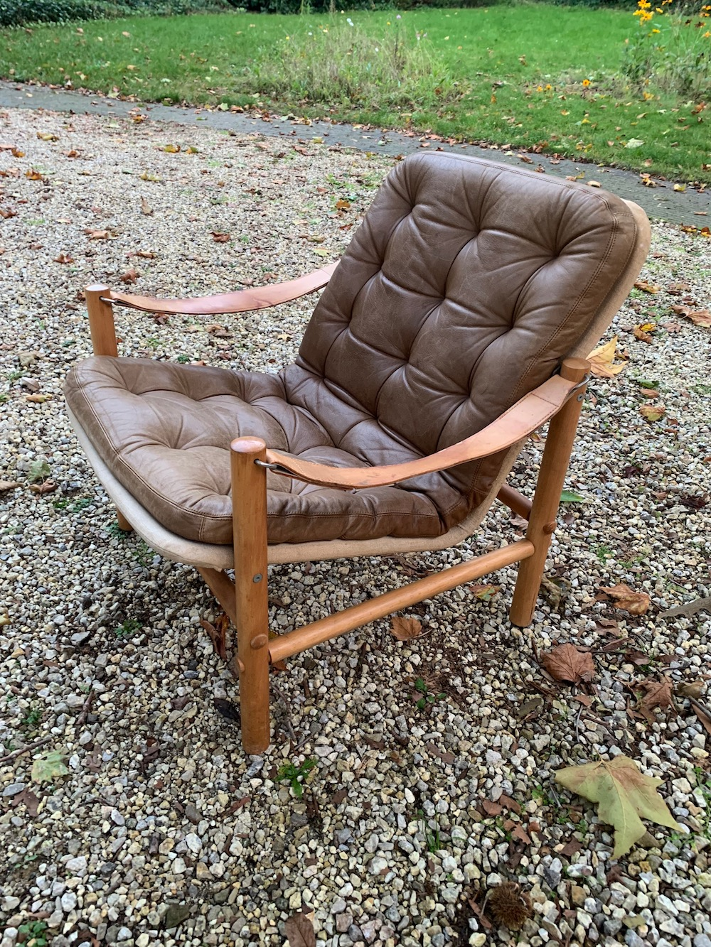easy chair, vintage chair, lounge chair, Bror Boije, Swedish design, vintage fauteuil, leather chair, safari chair, chaise vintage, fauteuil cuir, vintage design, vintage design chair, interior decoration, living-room chair, reading chair